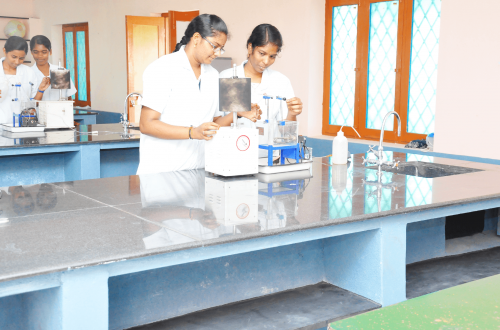 pharm d-colleges-in-tamilnadu-roever-pharmacy-college (1)